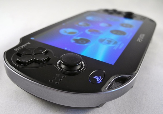PSP Vita Dual Sticks Enhances Gaming Fun