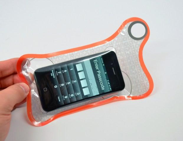 BubbleShield for smartphones Review Waterproof iPhone Case