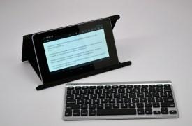 Zagg Flex Keyboard Review - Nexus 7 stand