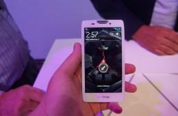 Motorola-RAZR-HD-10