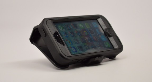OtterBox iPhone 5 Case Review - Defender - 08
