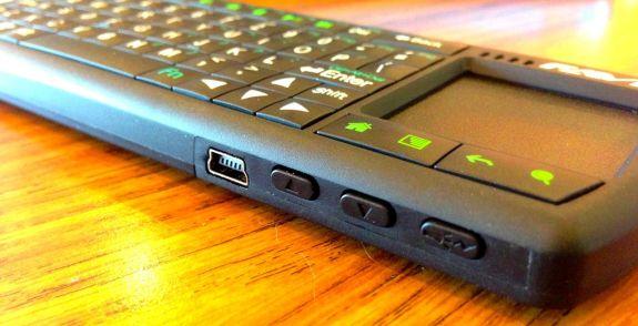 FAVI Bluetooth Tablet Keyboard side buttons