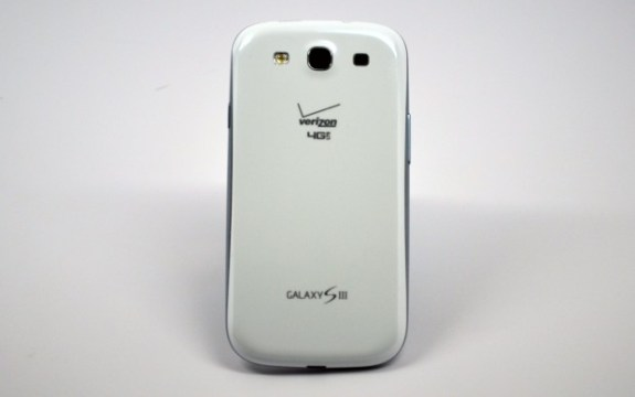 Verizon-Galaxy-S-III-Rear-620x389-575x360