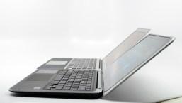 XPS 12 Ultrabook Convertible vs. MacBook Air - 06