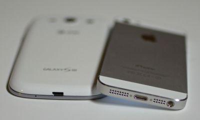 iphone 5 vs Galaxy S III bottom