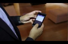 Video thumbnail for youtube video RIM: BlackBerry 10 Touchscreen Keyboard Better Than Physical Keyboards