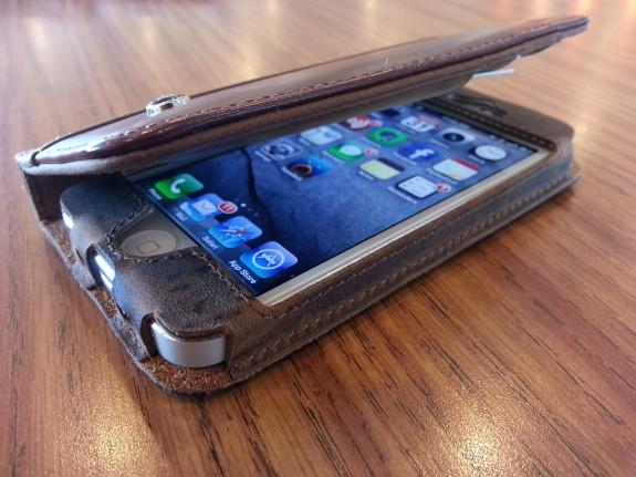 acase collatio iPhone 5 case right
