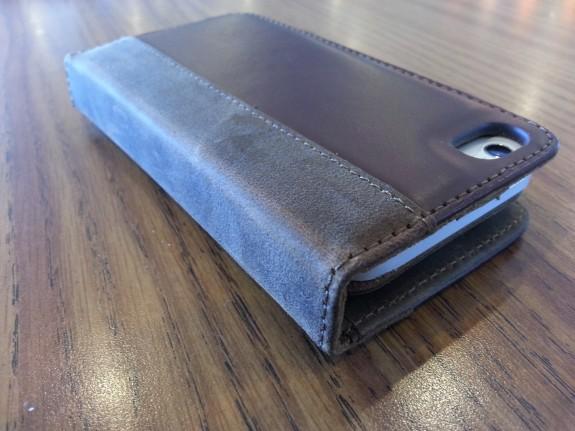acase collatio iPhone 5 case left