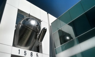 Chrome Android statue