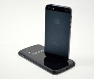 Iphone-5-vs-Nexus-4-345x293-custom