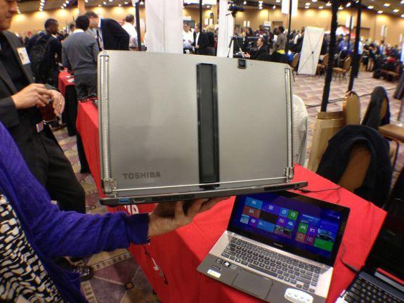 Toshiba U925t Ultrabook Convertible Hands On - 1