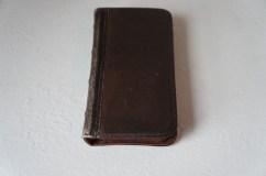 BookBook for iPhone 5 2