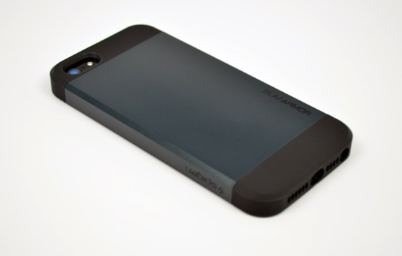 Spigen Slim Armor iPhone 5 Case Review - 3