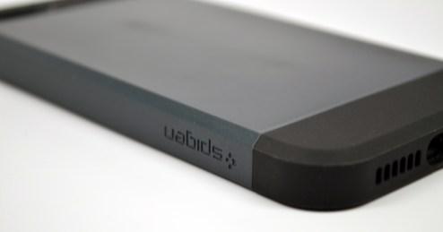 Spigen Slim Armor iPhone 5 Case Review - 6