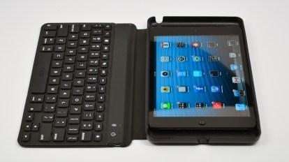 ZAGGKeys mini 9 review - iPad mini keyboad case - 02