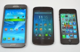 The Nexus 4 boasts a large display. But the Nexus 5 could utilize an even bigger one.