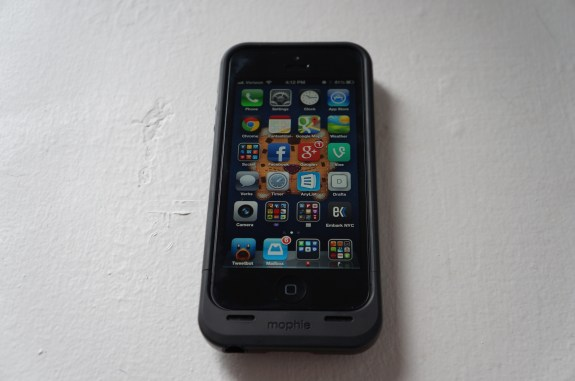 Mophie Juice Pack Air for iPhone 5 2