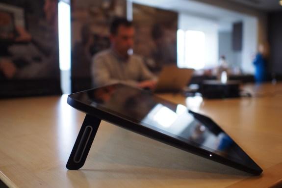 Horizontal tabletop mode