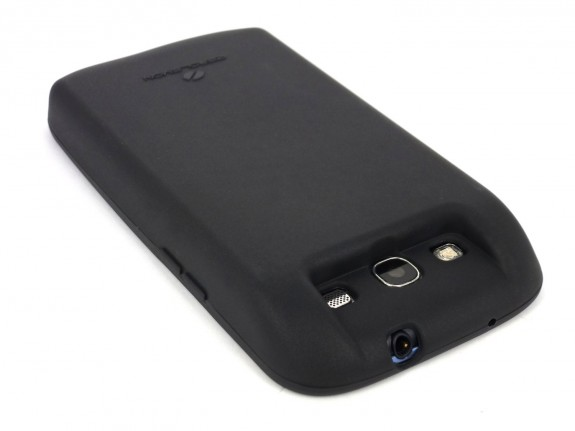This Samsung Galaxy S3 extended battery offers 7,000 mAh of power.