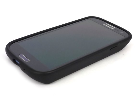 The ZeroLemon Samsung Galaxy S3 extended battery offers long battery life but adds bulk.