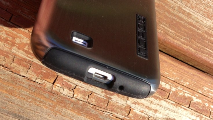 Incipio DualPro Shine Samsung Galaxy S4 Case Review - 5
