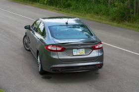 2013 Ford Fusion Review - 005