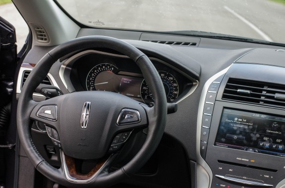 Lincoln MKZ 2013 (2 of 21)