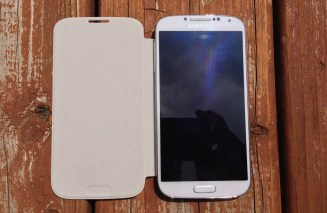 Samsung Galaxy S4 Flip Cover Review - 004
