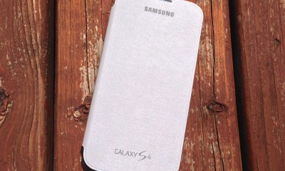 The Samsung Galaxy S4 Flip Cover is a slim, protective Galaxy S4 case.