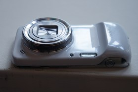 Samsung Galaxy S4 Zoom 3