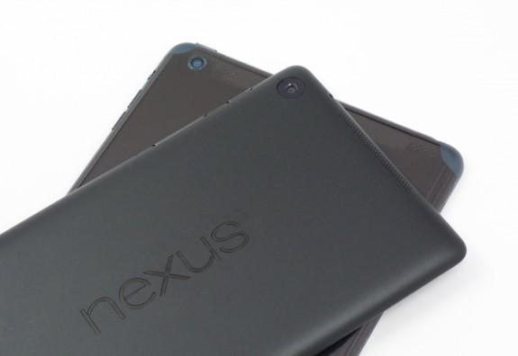 The new Nexus 7 does not come with a microSD card slot.