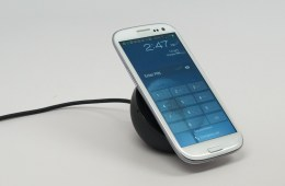 Samsung Galaxy S3 wireless charger Review - 004