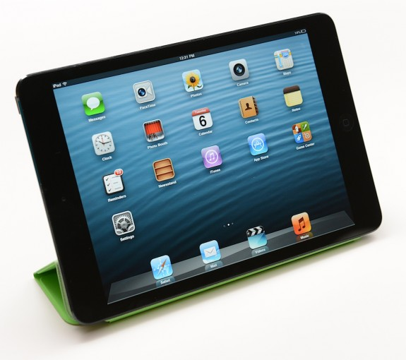 The iPad mini does not feature a Retina Display.