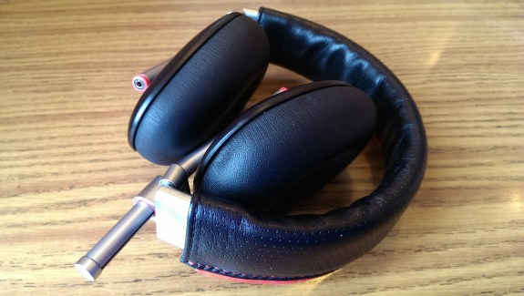 phiaton bridge ms 500 headphones folded up