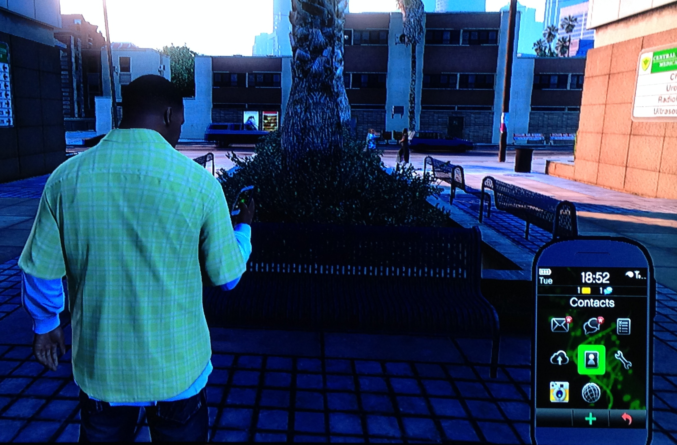 Phone Gta On Android Phone gta 5 phones mock iphone android windows phone users owners are gangsters
