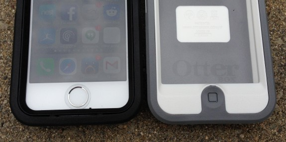Notice the new OtterBox iPhone 5s case features an open button design, compared to the iPhone 5 case.