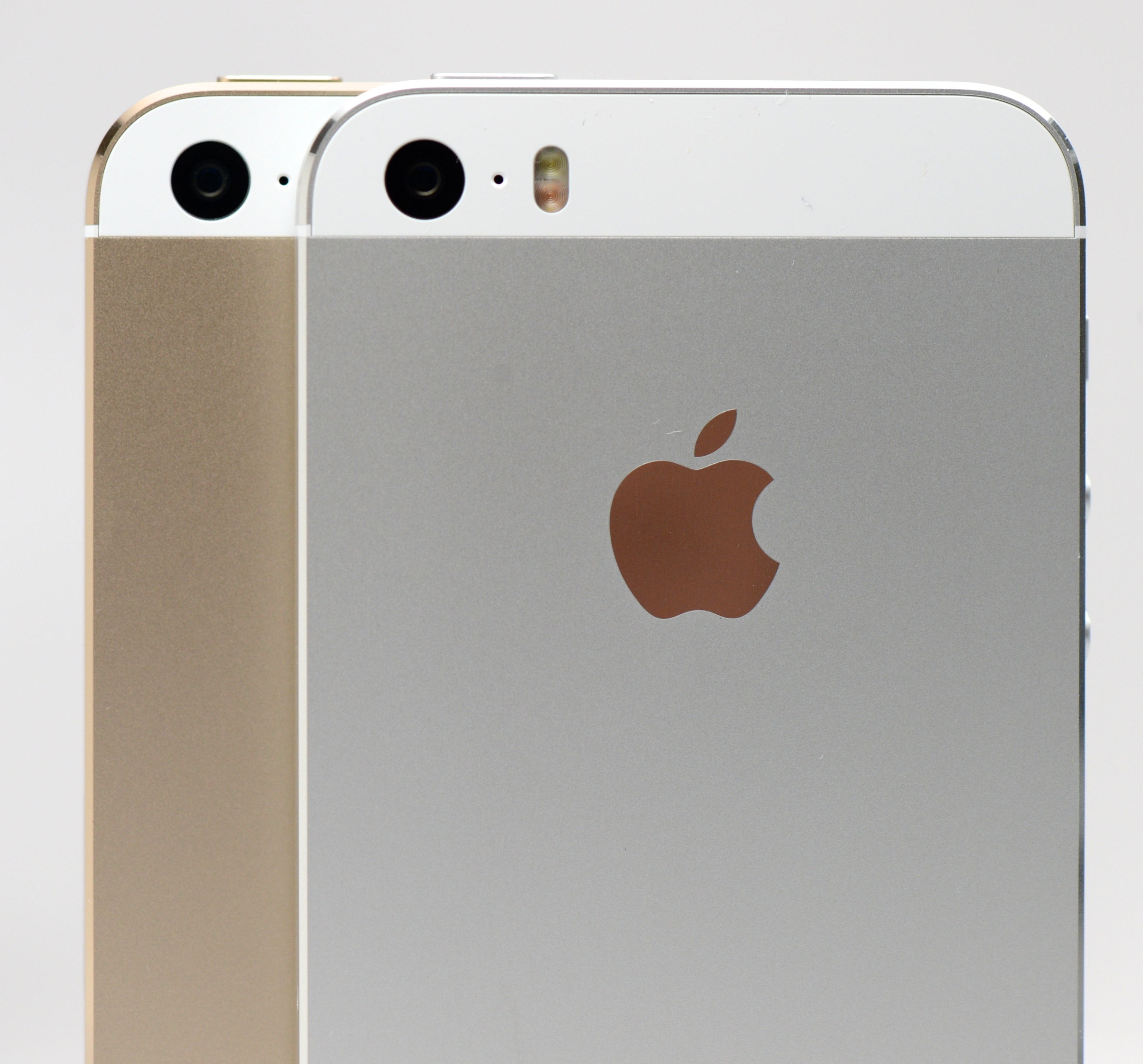 Want To Change IPhone 5s Color Or Size Do It Today