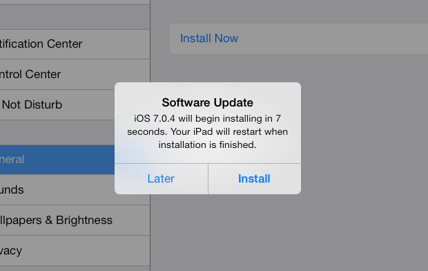 If you want to use the iOS 7 jailbreak, hold off on the iOS 7.0.4 update for now.