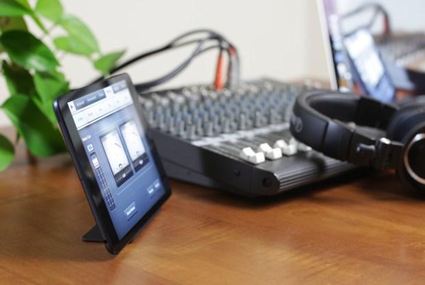 magnus mini stand for iPad mini