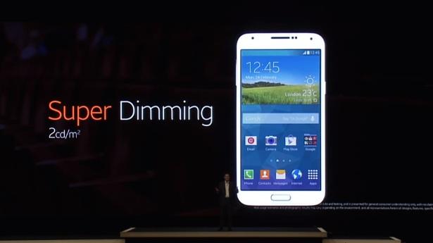 The Samsung Galaxy S5 display can dim dramatically.