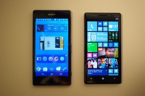 5-inch Full HD Triluminos Display (left) v. 5-inch Full HD screen with Nokia Clear Black Display tech.