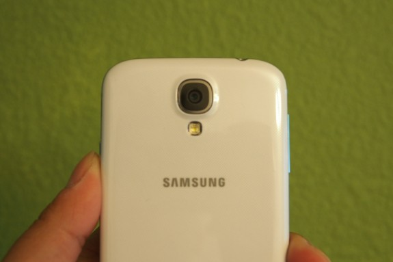 The Galaxy S4 comes with a 13MP camera.