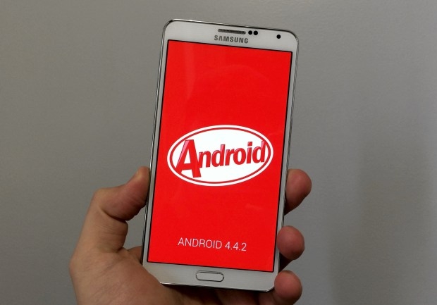 Here is an early review of the Galaxy Note 3 Android 4.4.2 update.