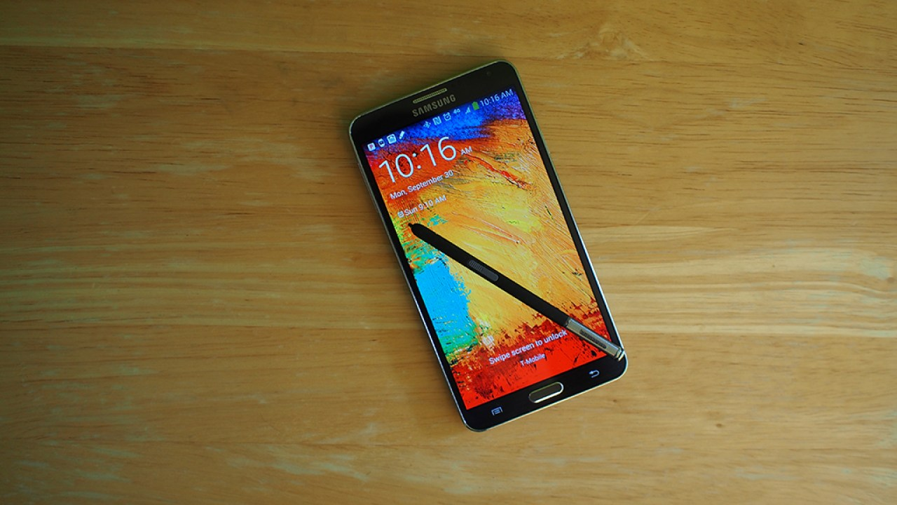 Galaxy Note Edge vs Note 3: 5 Things Buyers Need to Know
