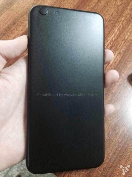 The back of the iPhone 6 mold shows a camera bump, but it may be for fitting a case.