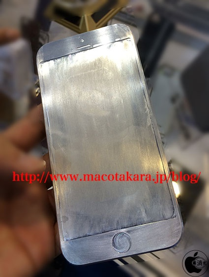 This iPhone 6 mockup was discovered in the Hong Kong Electronics Fair 2014.
