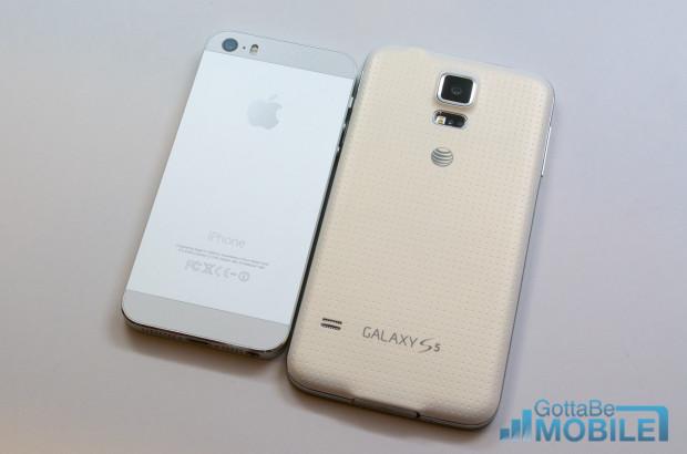 iPhone 5s design vs Galaxy S5 plastic.