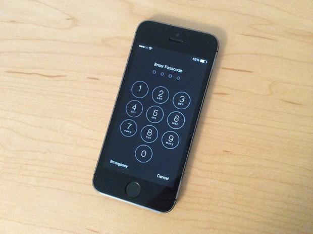 iOS 7 lock screen bug