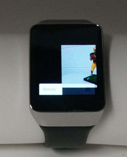swiping away the photo on android wear watch results in a long stall