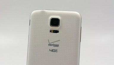 There is a 16MP camera in the Galaxy S5.